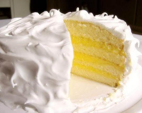Princess White Cake With Pineapple & Lemon Filling