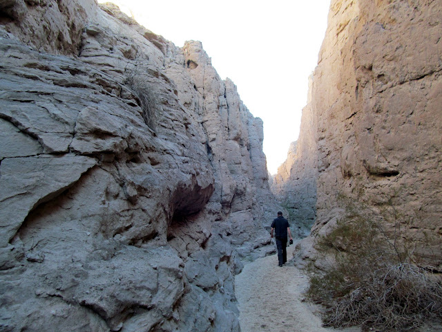 Shallow, narrow passage