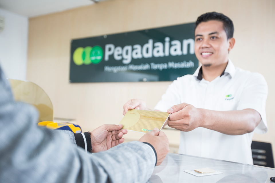Financial transaction at Pegadaian