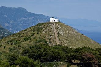 Photo: Monte San Costanzo e la cappella