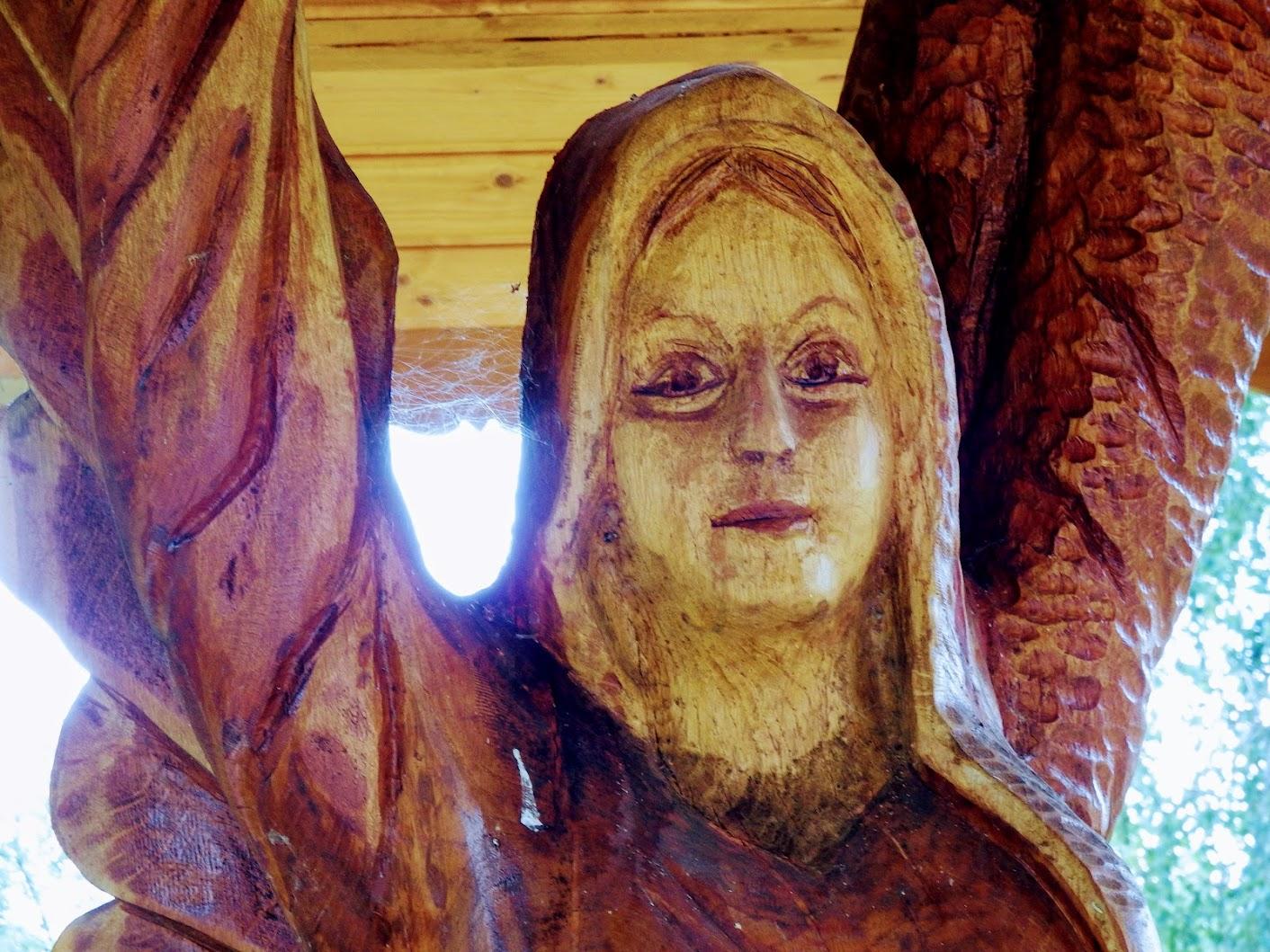 Berkenye - Az Őrangyal, harangláb a temetőben