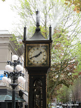 Photo: (Year 2) Day 324 - A Steam Clock in Gas Town in Vancouver