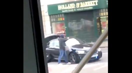 """Un ataque """"terrorista"""" deja varios acuchillados y un muerto en Londres"""