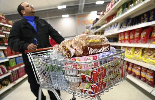 Voorrade van tamaties? Kleinhandelaars in die Verenigde Koninkryk smag na die eis van Brexit sonder enige transaksie