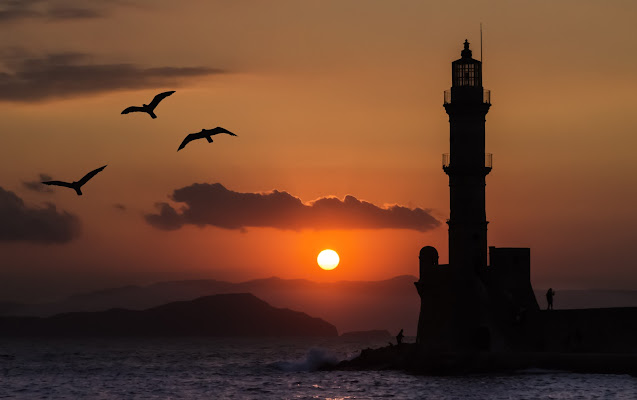Sunset in Chania di Rino Lio