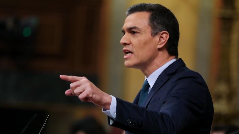 Pedro Sánchez, durante su intervención en el turno de réplica al Grupo Mixto.