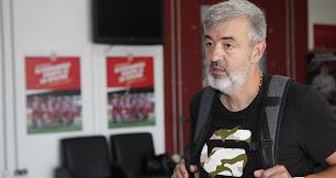 El técnico regresa dos años después para entrenar al Almería B.