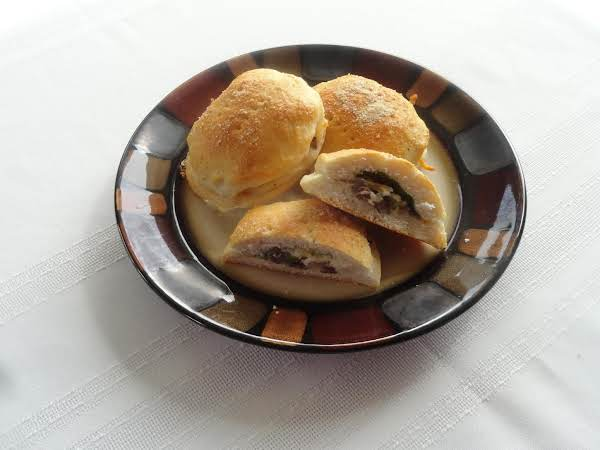 Steak -n-cheese Stuffed Biscuits Recipe