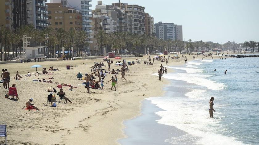 Las playas andaluzas contarán con 3.000 auxiliares.