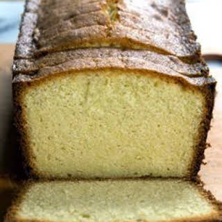 Low Carb LCHF Cream Cheese Pound Cake.