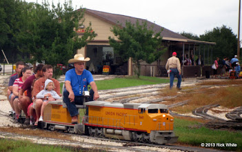 Photo: Art Morris, engineer on UP 9449.    HALS Public Run Day 2013-0921 RPW