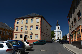 Photo: Główna droga przebiega przez samo centrum miasta.