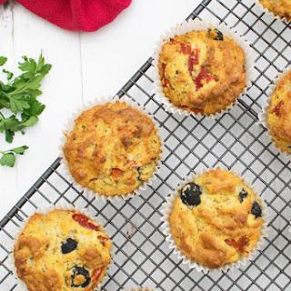Olive & Red Pepper Polenta Muffins .