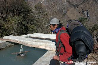 Photo: canal d'irrigation de Ghunsa.