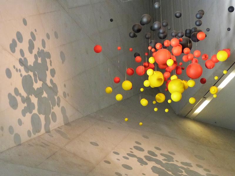 Proiezione di ombre sferiche su piani inclinati di Marta Brambilla