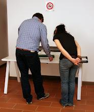 Photo: si confrontano reciprocamente i propri lavori