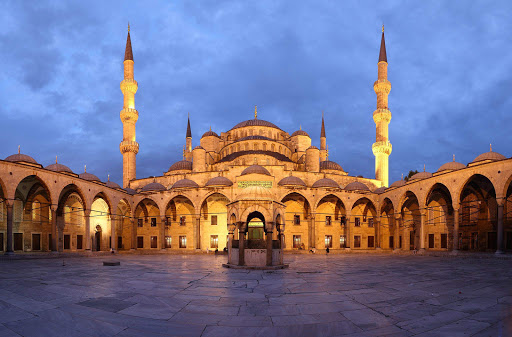 blue-mosque-courtyard-dusk.jpg - The courtyard of the Blue Mosque, or Sultan Ahmed Mosque, at dusk in Istanbul.