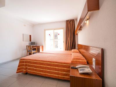 ROOMS - Standard room