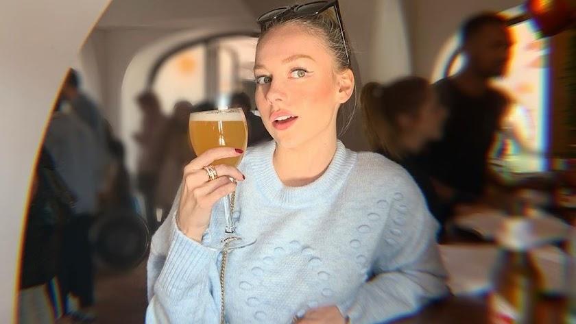 Ester Expósito en el Hotel Cortijo El Paraíso, en Los Escullos, en una imagen en su perfil de Instagram.