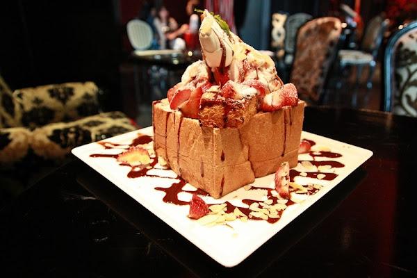 台北 紅色檳氛 - 超夯蜜糖吐司