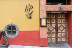 Visiter Cigar Bar & Grill