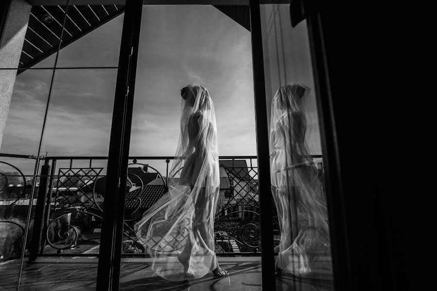 Wedding photographer Volodymyr Harasymiv (VHarasymiv). Photo of 30.01.2019