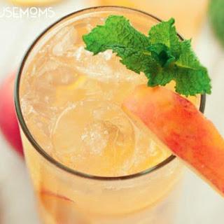 Southern Spiked Peach Iced Tea Recipe
