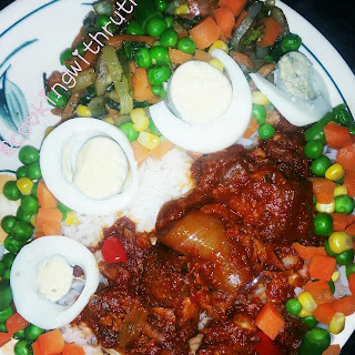 RICE AND TOMATO BEEF STEW (NIGERIAN STEW)