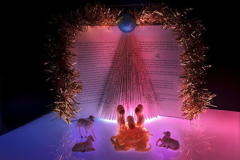 """Natale in """"2 PAROLE"""" di Stiscio"""