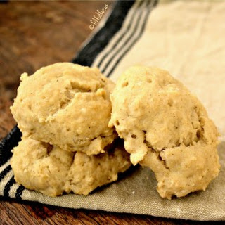 Quick & Easy Gluten Free Biscuits {wheat & soy free, vegan - paleo option}