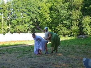 Photo: Odpoledne bojuje Artuš s rytířem, měl ale namále..