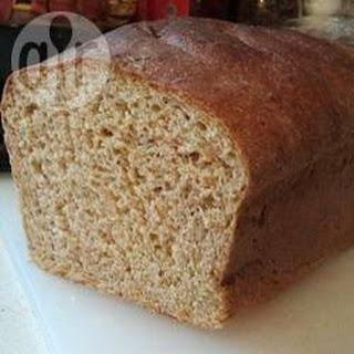 Sweet Wholemeal Oat Bread
