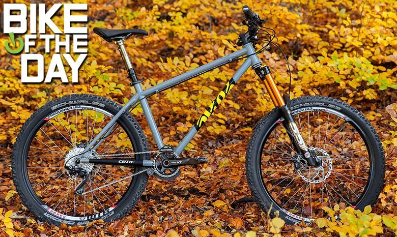 http://www.vitalmtb.com/community/Hillside-Cycling,26127/setup,33145