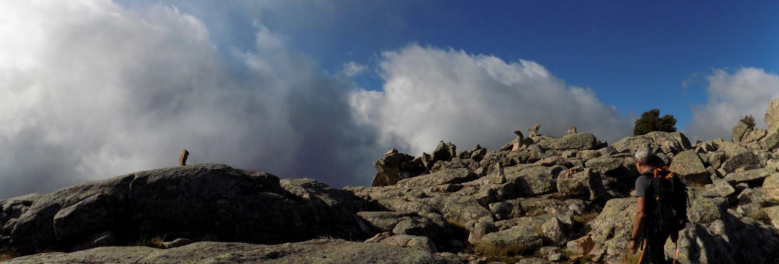 Arrivée sur le sommet secondaire du Capellu (photo Olivier Hespel)