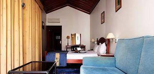 Jose Estevao Hotel