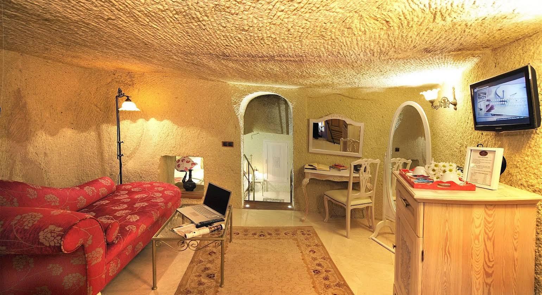 Tafoni Houses Cave Hotel