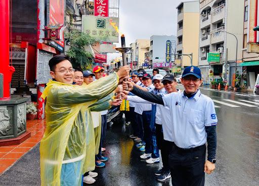 1081206 校慶運動會聖火遶境引燃活動