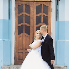 Wedding photographer Olya Naumchuk (olganaumchuk). Photo of 21.03.2018