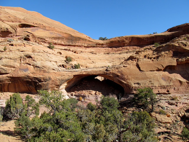 Natural bridge from across the canyon