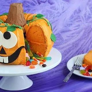 Pumpkin Pinata Cake.