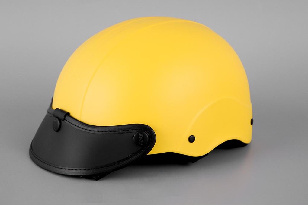 Mũ bảo hiểm thường thường thì chất lượng cũng chỉ tầm tầm