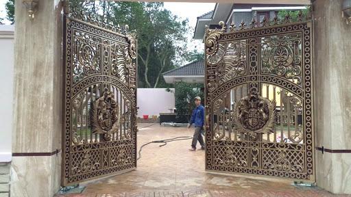 Dòng cửa cổng tự động có thiết kế sang trọng