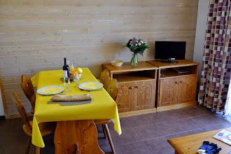 Photo: Espace salle à manger d'un appartement de la résidence le Clos des Fontaneilles