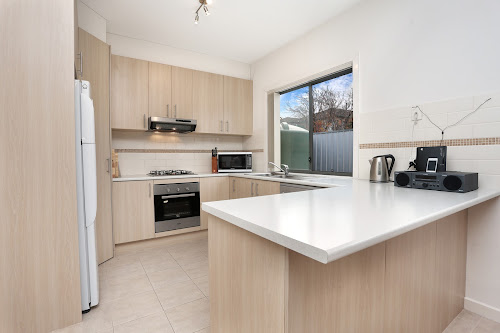 Photo of property at 2/13 Retford Close, Werribee 3030