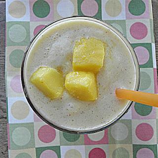 Healthy Mango Vanilla Milkshake Recipe