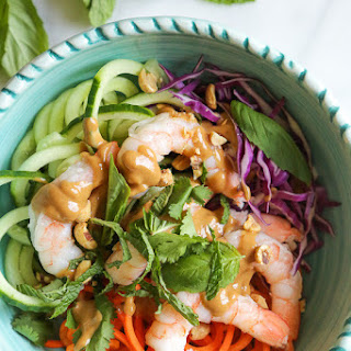 Spiralized Summer Roll Bowls with Hoisin Peanut Sauce.