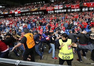 Grosse bagarre en tribune entre fans de Liverpool et Seville (VIDEO)