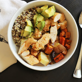 Easy Chicken Quinoa Bowl