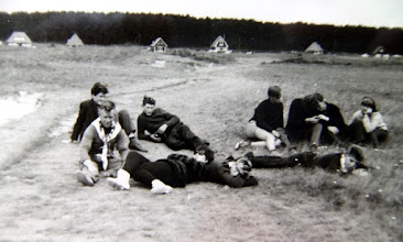 Photo: Ameland v.l.n.r. Hendrik Jan Homan, Lute Hilberts Jzn. Evert Mennega, Piet Dijkstra, ??, Jans Zandvoort en Hennie lanjouw VoorGeke Nijhof, Harm Lanjouw en Hendrik Speelman