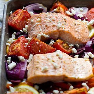 Easy 1-Pan Greek Salmon